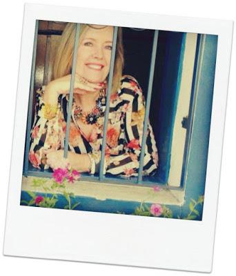 http://dulcefragancia-mujer.blogspot.com.es/2014/11/nueva-colaboradora-de-nuestro-equipo.html